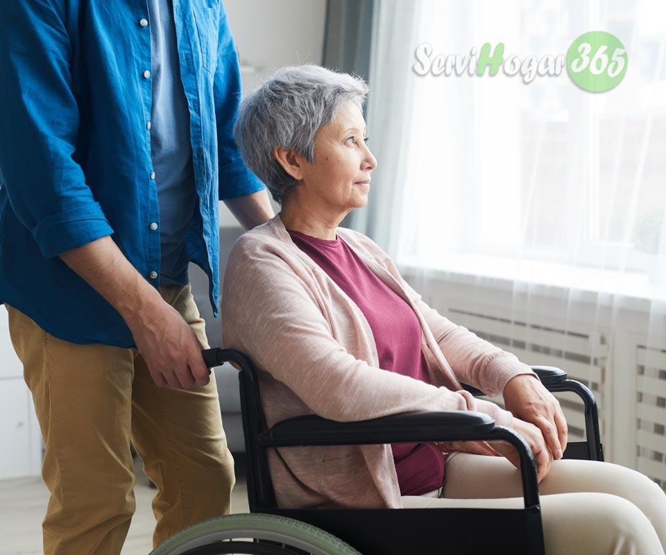 asitencia-mayores-hospital-SERVIHOGAR-365